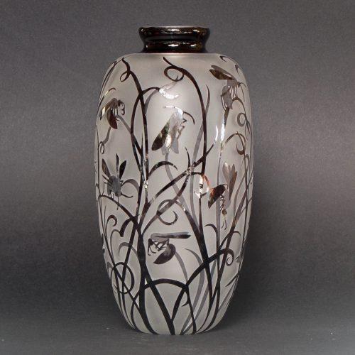 Flower Wasp vase